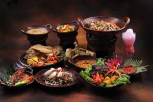 beragam-makanan-indonesia-tersaji-dalam-rangka-proklamasi-indonesia-_150812141204-987